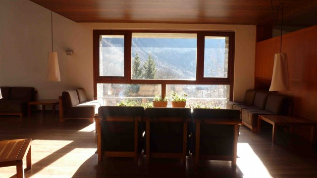 Casa delle guide alpine, act_romegialli, Val Masino, Italy, 2000 (living/dining rooms)