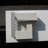 draft proposals model: the plant has a C form like a court, it makes a sort of patio in the inside © Andrea Oliva 2005